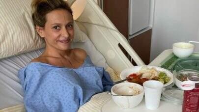 """Luisa Mell passa por cirurgia reparadora e agradece menu vegano: """"De qualidade!"""""""