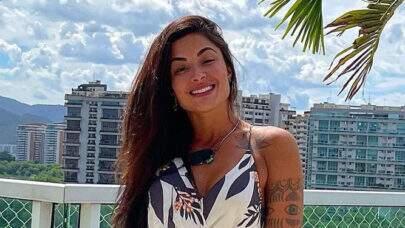 """Aline Riscado posta vídeo dançando funk e look ousado chama a atenção: """"Esquentou o clima!"""""""