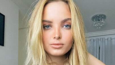 Aos 19 anos, Giovanna Chaves abre o look em clique ousado e quase mostra demais