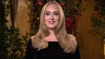 Após atualização na web, site de Adele ganha peça publicitária em cidade brasileira; confira