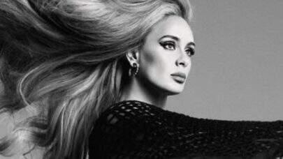 """Após seis anos, Adele retorna ao mundo da música e lança o clipe delicado de """"Easy On Me""""; confira!"""