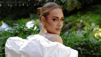 """Com """"Easy On Me"""", Adele conquista feito inédito na parada da Billboard Hot 100; saiba detalhes"""