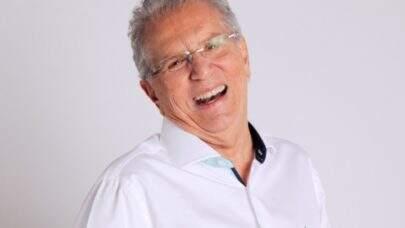 "Carlos Alberto de Nóbrega atualiza estado de saúde após cateterismo: ""Fiquei preocupado"""