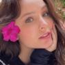 "Larissa Manoela faz dancinha ousada para divulgar nova música: ""Arrasou!"""